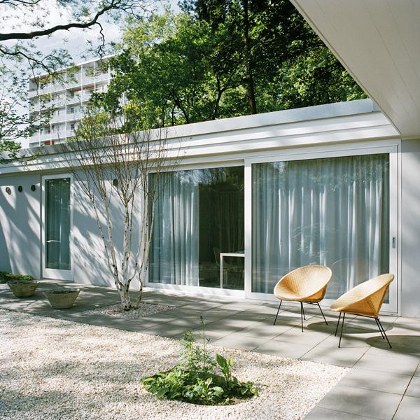 atriumhaus hansaviertel bfs design. Black Bedroom Furniture Sets. Home Design Ideas